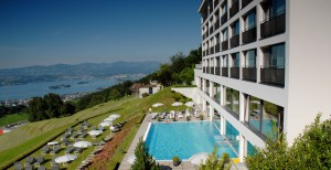 Hotel Panorama Resort / Spa über dem Zürichsee