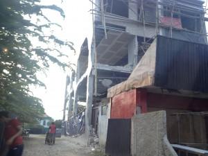 by Roland Hartmann: Wer das Baugesetz nicht einhält, riskiert ein zerstörtes Haus